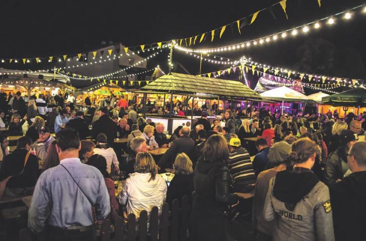 """""""Rheinhessisches Dorf"""" – ein beliebter Treffpunkt beim Winzerfest"""