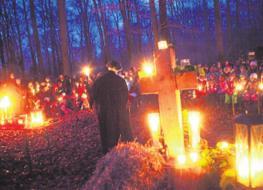 Musik und Gebete im Kerzenschein