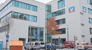 Neu gestaltete Hauptstelle der Volksbank-Raiffeisenbank Ostalb