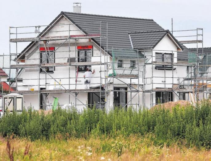 Auskünfte zu Hausund Grundstück