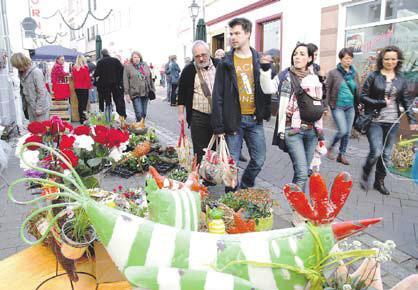 """""""Service ist unsere Stärke"""": Bunte Frühlingspracht macht Lust aufs Flanieren"""