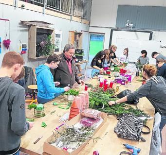 Schülerin berichtet über Besuch bei LGS-Floristen