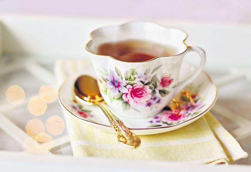 Mindestens 1,5 Liter sollten Ältere an einem Tag trinken – das Tässchen Tee oder Kaffee wird mitgezählt. Foto: pixabay