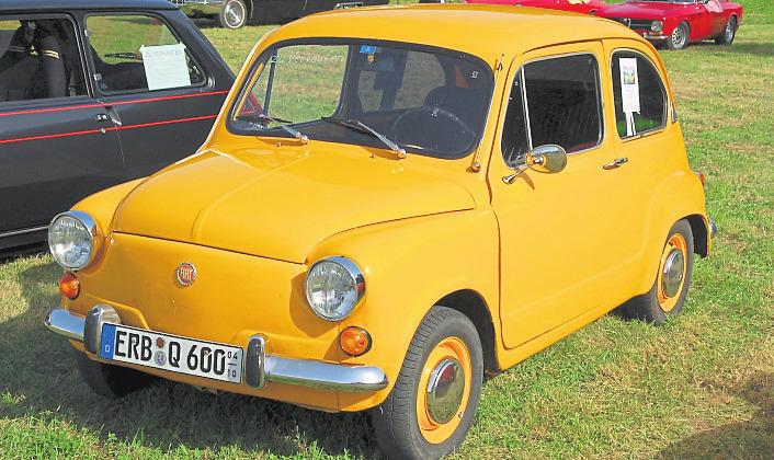 Der Fiat 500 Nuova ist ein Star seiner Klasse. Foto: Gerd Fischer / Pixelio