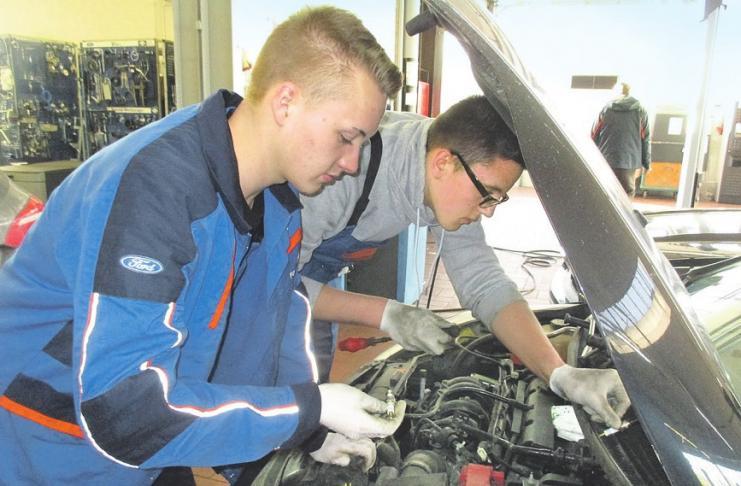 Das Autohaus Geberzahn bietet seit 56 Jahren Service aus Familienhand in Rath-Heumar