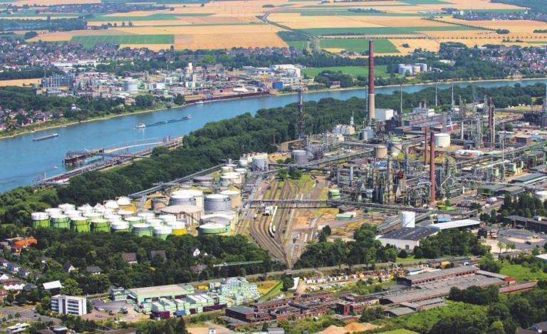 In Wesseling entstehen Tausende Produkte und Arbeitsplätze