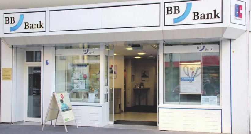 Die BBBank ist für ihre Kunden vor Ort und rund um die Uhr im Internet erreichbar