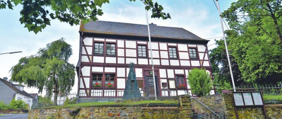 Friedrich Wilhelm Raiffeisen war der Gründer der genossenschaftlichen Idee