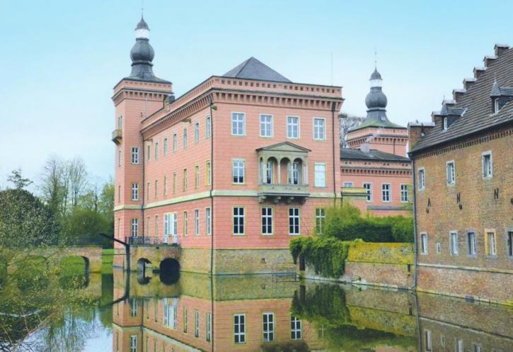 Der Schlosspark Gracht lockt Spaziergänger und Ruhesuchende an – Förderverein wirbt um Nachwuchs