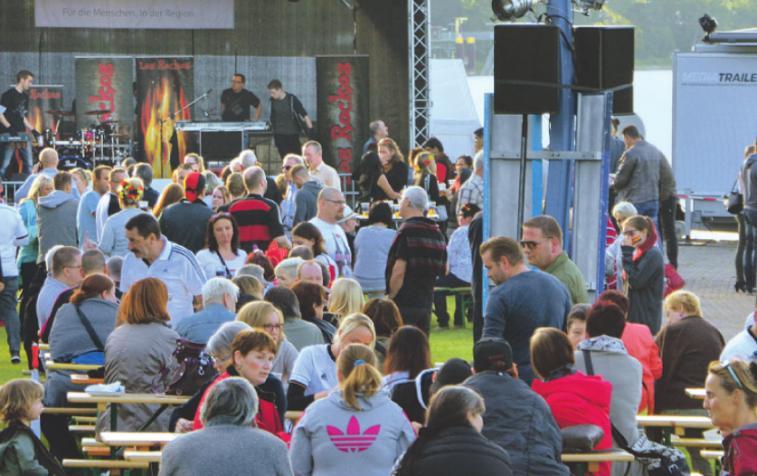Musik, Tanz, sportliche Unterhaltung und Ehrungen erwarten die Besucher