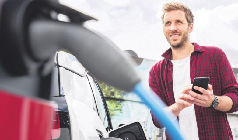 """Die """"16. Wiehler Auto Mobil Schau"""" informiert über die aufstrebende Fahrzeugbranche der """"Stromer"""", ihre Chancen und Kosten"""