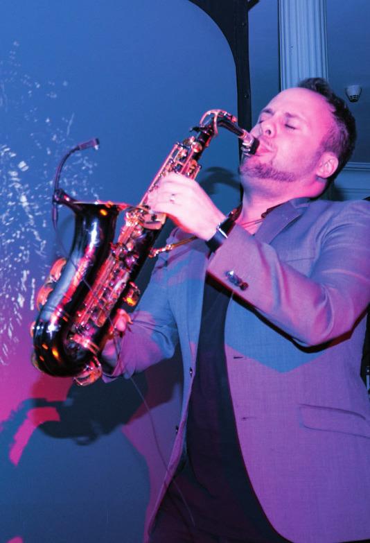 Livemusik im Ballsaal, FOTO:GOMILLE