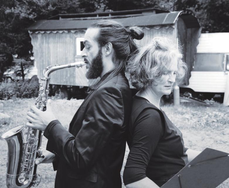 Saxophonist Kako Weiss und Autorin Christiane Richers
