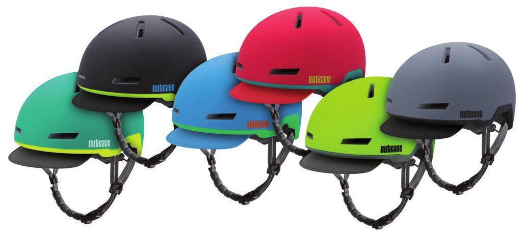 Der clevere Helm ist in sechs kräftigen Farben erhätlich