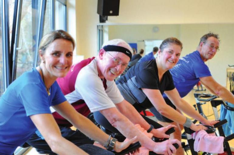 Fit mit Indoor-Cycling