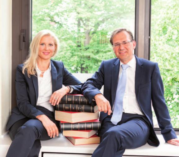 Rechtsanwältin Diana Bade und Rechtsanwalt und Notar Ralf KornobisFOTO: @JOERG SCHWALFENBERG
