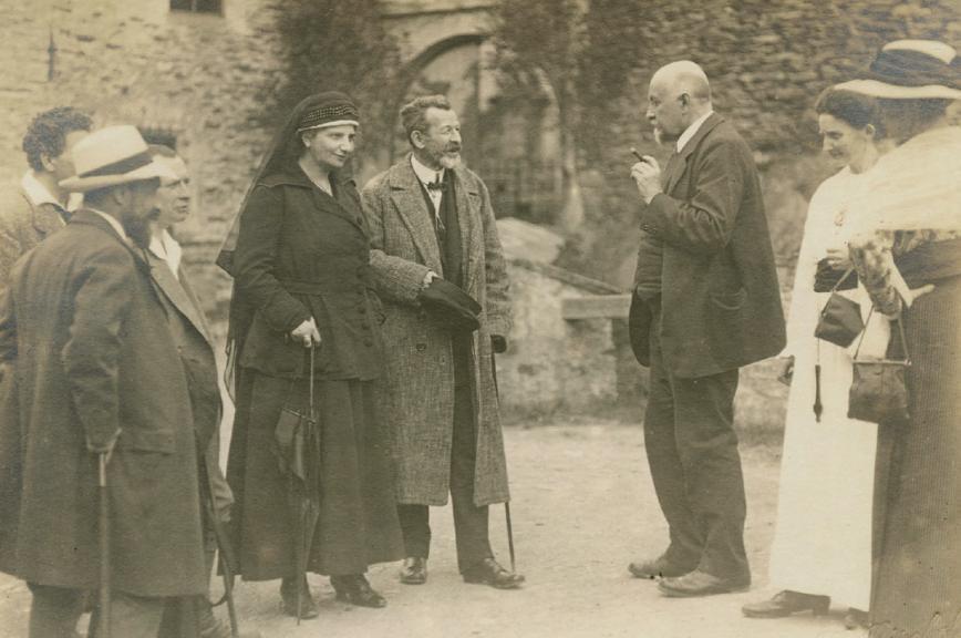 Ida und Richard Dehmel 1917 auf Burg LauensteinFOTO: A. BISCHOFF/DEUTSCHES LITERATURARCHIV MARBACH