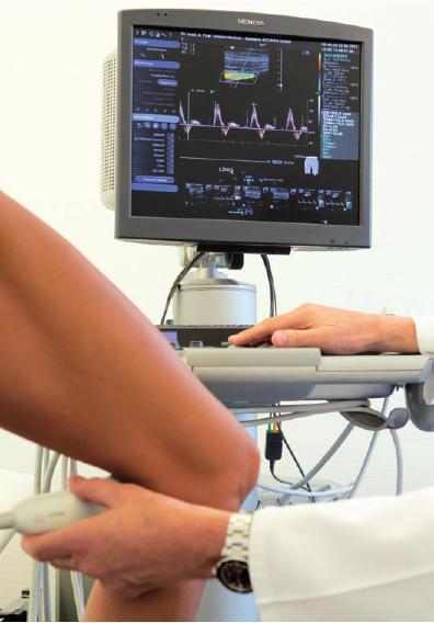 Untersuchung mit einem modernen Ultraschallgerät