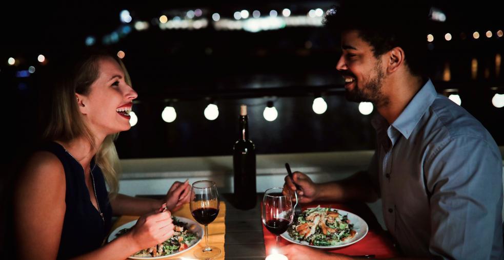 25 Klönschackleser sind in 19 Restaurants zu zweit oder sogar zu viert zum Gewinneressen FOTO: ND3000_FOTOLIA.COM