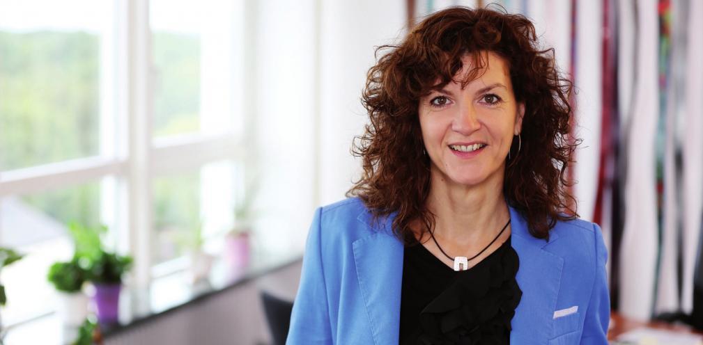 Christiane Küchenhof ist seit 2006 Bürgermeisterin der Stadt Schenefeld. Seit zehn Jahren setzt sie sich gegen Atomkraft ein