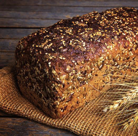 Vollkornbrote sind beliebt, nahrhaft, können für einen modernen Alltag aber auch zu viel des Guten sein. Ein Brot für Sportler und körperlich Arbeitende. FOTO: THOMAS VON STETTEN_FOTOLIA.COM