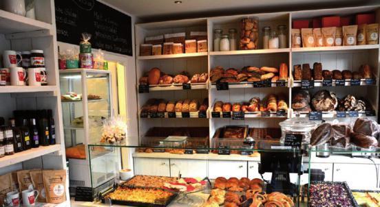 Die Backstube vom Café Elbwein in Flottbek – hier gibt es neben hausgemachten Kuchen auch Brot von Gaues