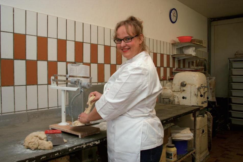 Sabine Möller in der Backstube der Bäckerei Körner: keine Chemie, keine Zusatzstoffe, viel Geschmack