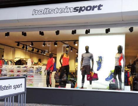Hollstein Sport in Blankenese zeigt auch im Schaufenster Sport von der klassischen und modernen Seite, FOTO: FLAVIO BENATELLI
