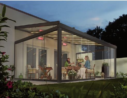 Ein Glasdach für die Terrasse verlängert die Outdoor-Saison