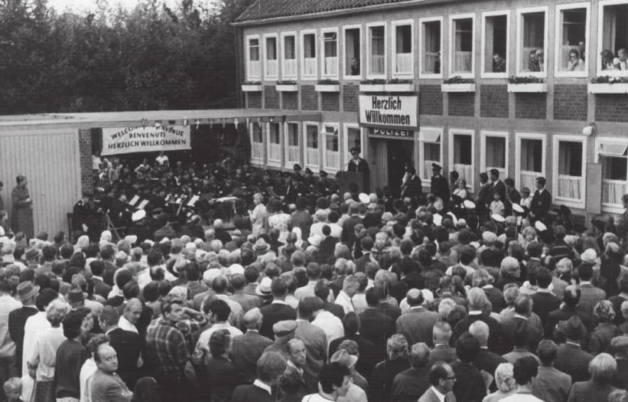 Bei der Einweihungsfeier des ausgebauten Dachgeschosses 1968 herrschte reger Andrang