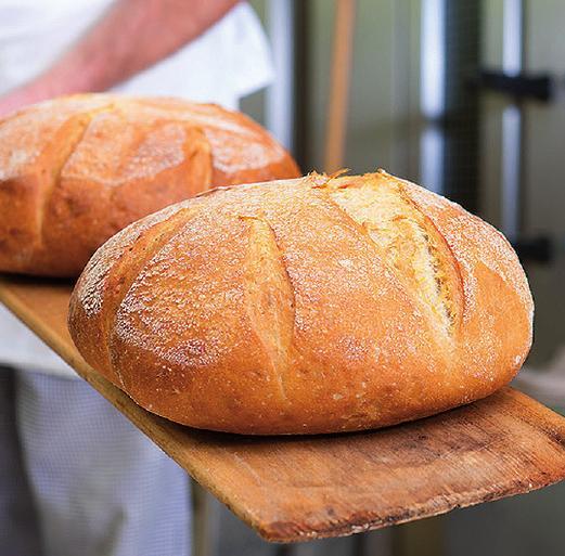 Helle Weizenbrote sind Importe aus Ländern wie Frankreich oder Spanien und schmecken eher Kindern. Der schlechte Ruf des Weizens ist unbegründet.FOTO: KZENON_FOTOLIA.COM
