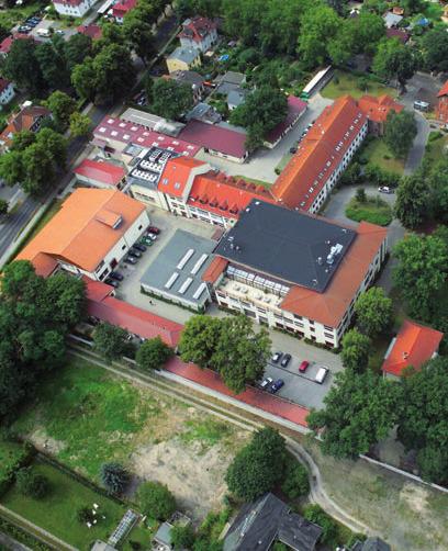 Im ehemaligen Labor für Hochenergiephysik der DDR, in Zeuthen, befindet sich heute der kleinere Standort des DESY