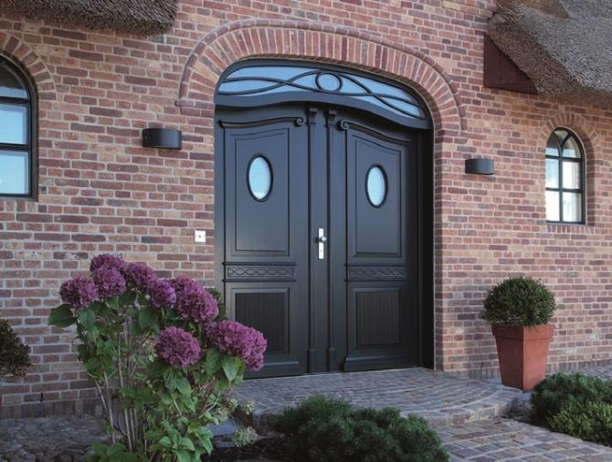 Langlebige Oberflächen für Ihre Türen und Fenster