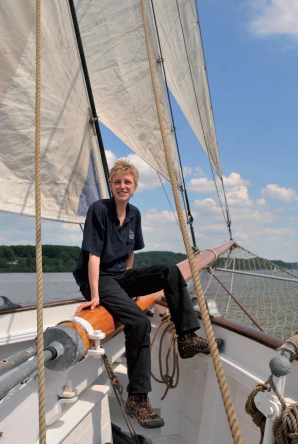 Die Diplom-Nautikerin Peters zieht es vom Containerschiff auf einen Traditionssegler