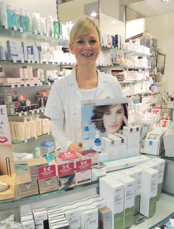 Kosmetikerin Beate Biller empfiehlt jetzt Behandlungen mit einem Fruchtsäure-Peeling