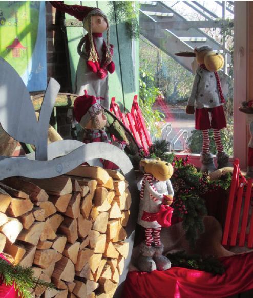 Weihnachtliche Dekoration beim Obstparadies Kleinwort