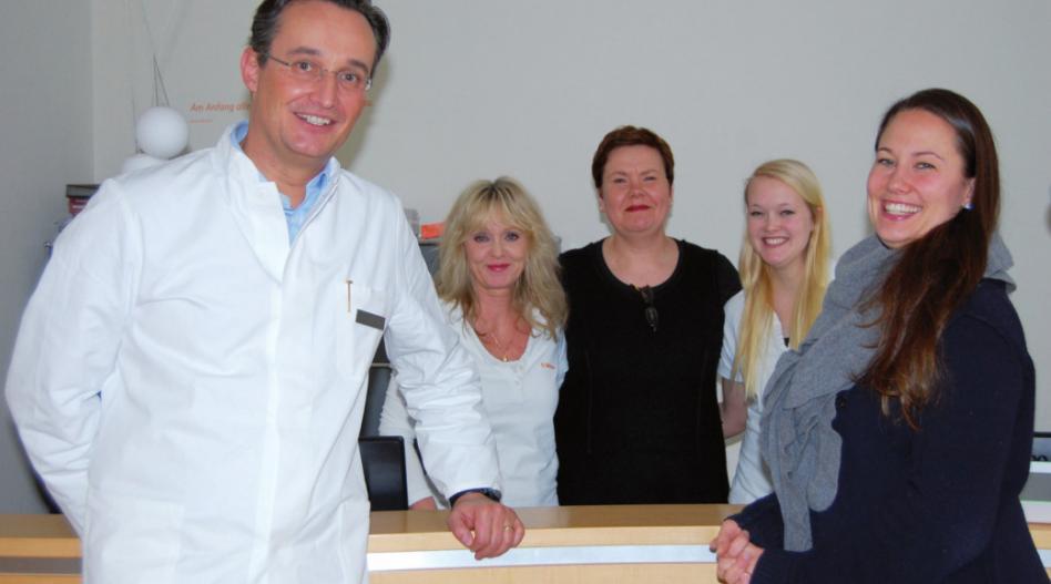 Prof. Dr. Kai J. Bühling und sein Team legen Wert auf ein angenehmes Ambiente für die Patientinnen, FOTO: HÖSCH