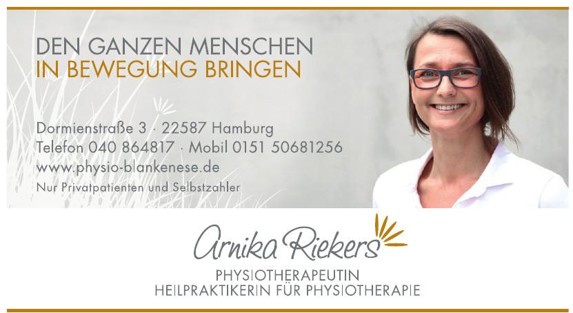 Arnika Riekers, Physiotherapeutin