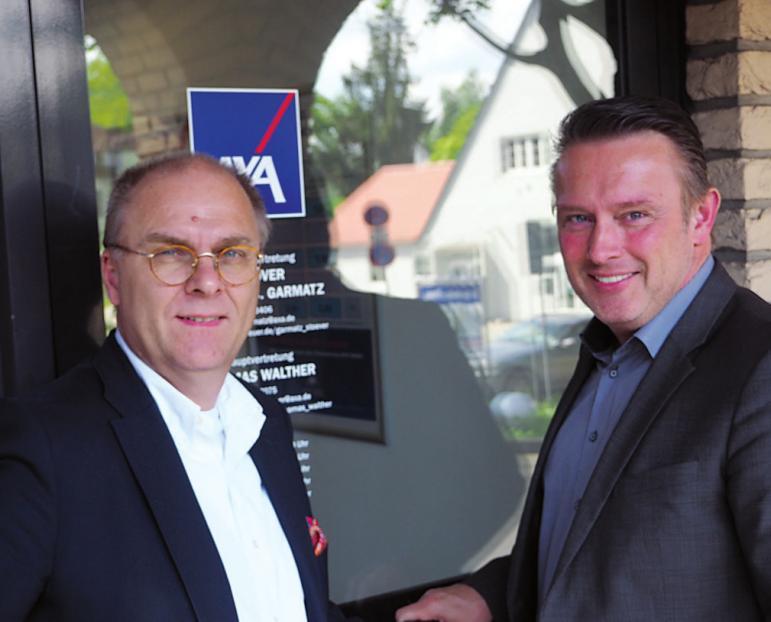 Jan-C. Garmatz und Thomas Walther vom AXA Versicherungsbüro in Blankenese