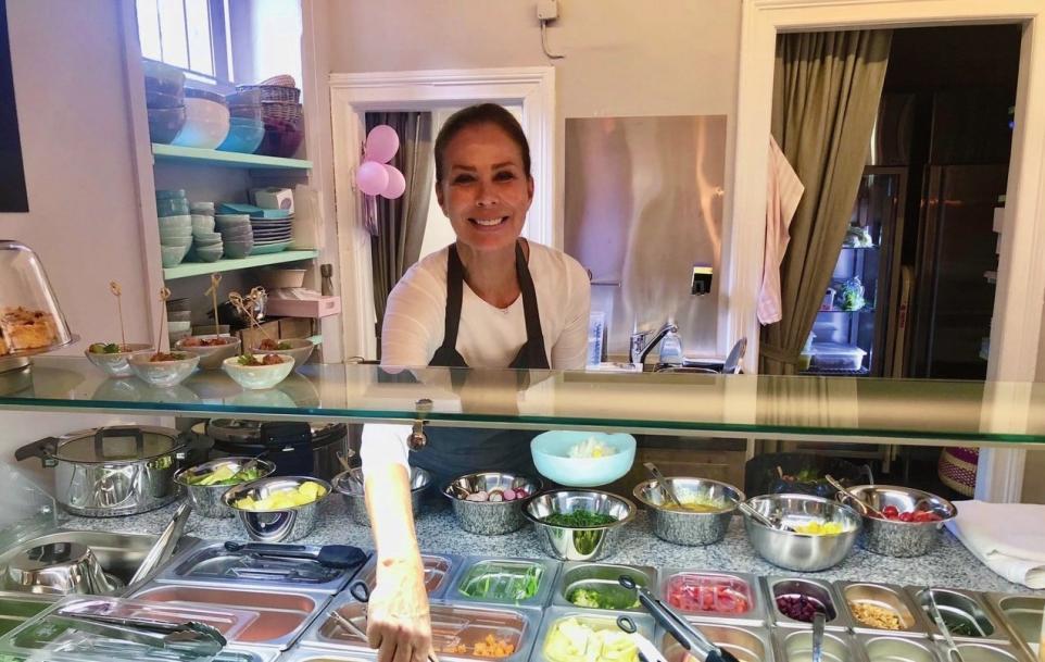 Katharina Valeria in ihrem kürzlich eröffneten Lokal in Nienstedten