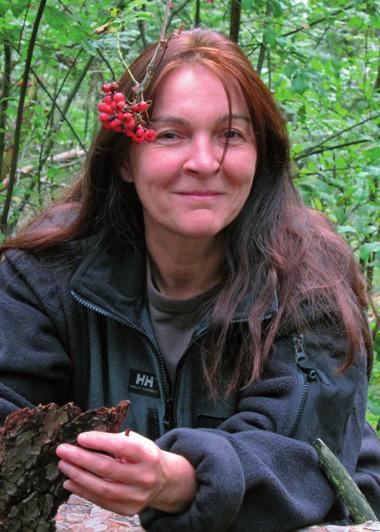 Diplom-Biologin Heidi Mayerhöfer, Fachberaterin für essbare Wildpflanzen