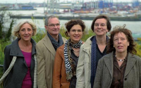 Dr. Ute Marie Metje, Michael Reich, Ursel Etzel, Kirsten Schroeter und Regina Harms vom Mediationszentrum Altona