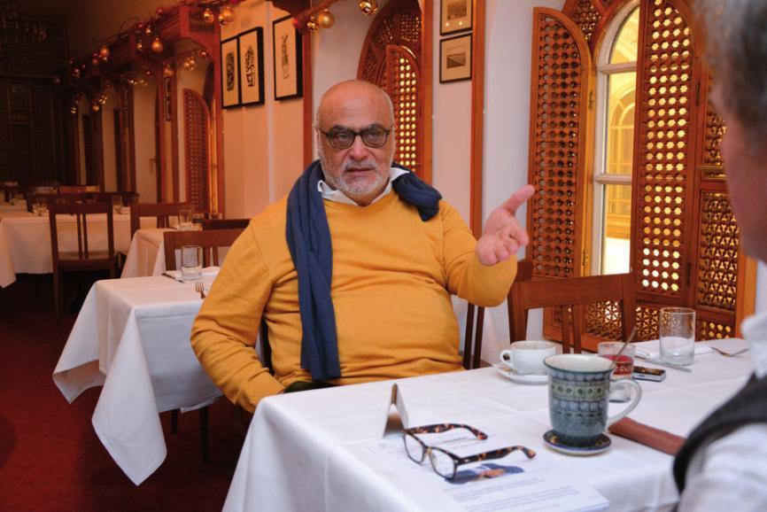 Hanna Saliba in seinem Restaurant an der Alster