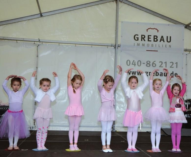 """Die Tanzmäuse vom """"Ballettstudio"""" Blankenese zeigten, was sie gelernt haben."""