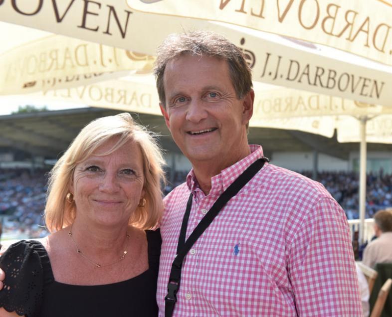 Hamburgs Mercedes-Chef Bernd Zieroldmit Ehefrau Sabine