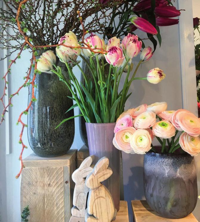 Stefanie Kehr begrüßt mit traumhaften Blumen den Frühling