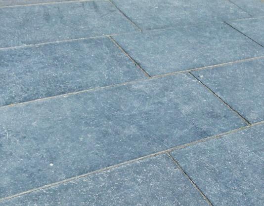 Einfach elegant: Bodenbelag aus Blaustein