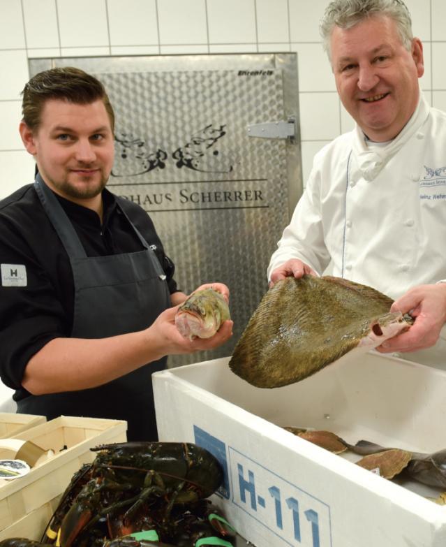 Küchenchef Heinz Otto Wehmann mit Sous-Chefs Philipp Napiralla