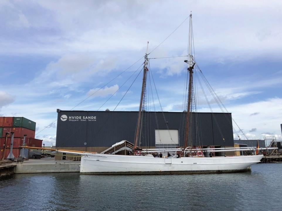 Der Lotsenschoner Elbe No.5 wird in Dänemark reatauriert. Zum Hafengeburtstag ist er zurück.FOTO:STIFTUNG MARITIM