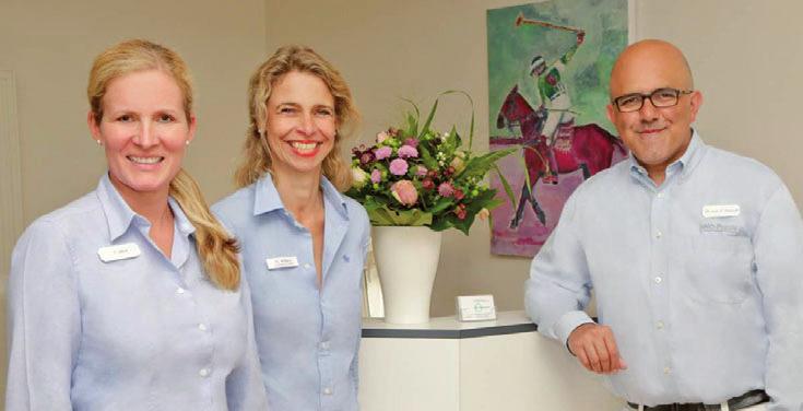 Tina Aberle, Mitte, Dr. Lea Maria Wilkens (angestellte Fachärztin) und Dr. Iyad Darwich